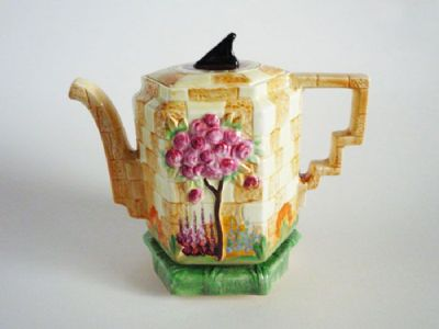 Large Beswick 'Sundial' Teapot and Stand c1937